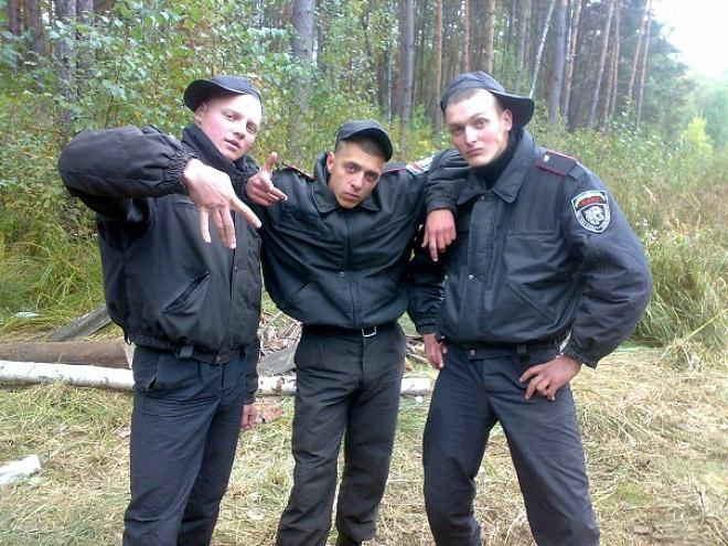 Vene miilitsad 13