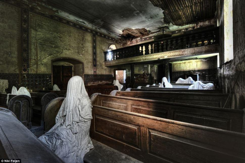 hüljatud kirik, Tšehhi
